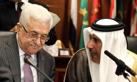 Mahmoud Abbas, left, and Sheikh Hamad bin Jassim al-Thani