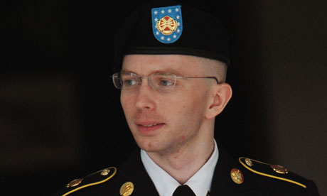 Bradley Manning family: 'Brad loved his country and was proud to wear its uniform' | US news | The Guardian - Bradley-Manning-008