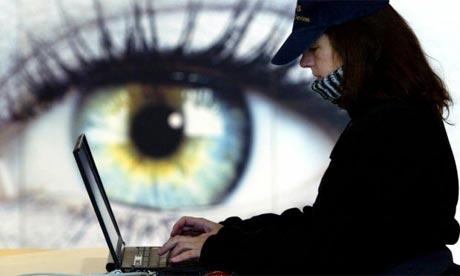 França aprova em primeira instância lei que permite controle da internet