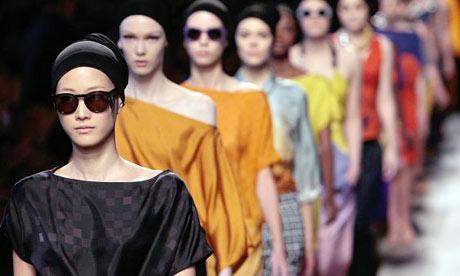 Models at the Dries van Noten show