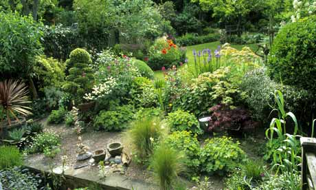 Country-style garden in north London