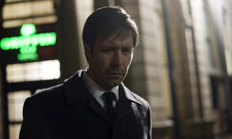 Paddy Considine as Peter Hunter in Red Riding