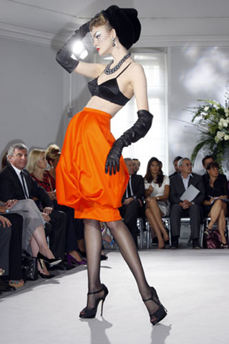 John Galliano for Dior	 :  fashion week designer skirt fashion