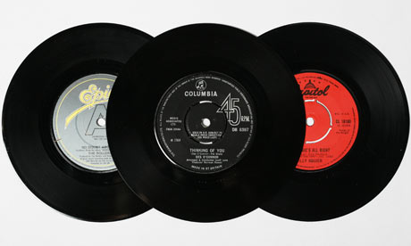 How to turn a record into a bowl life and style the for What to do with old vinyl records