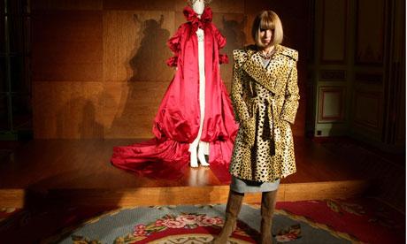 Anna Wintour Alexander McQueen: Savage Beauty exhibition