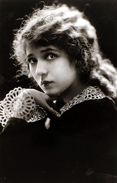 Style Lessons From Silent Movie Stars In Pictures