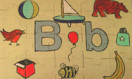 The letter B on a jigsaw puzzle