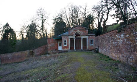 Hillersdon walled garden