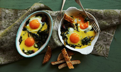Eggs, greens and hollandaise