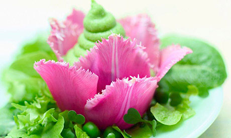 Tulip salad with pea puree and peppermint dressing