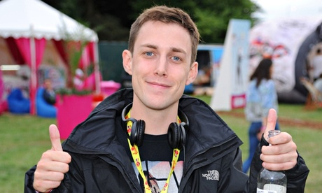 Chris Stark earned a  million dollar salary - leaving the net worth at 2 million in 2017