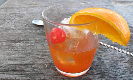 How to mix the perfect old fashioned life and style for The perfect drink mixer