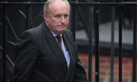 Paul Dacre, editor of The Daily Mail, arrives to give evidence to the Leveson inquiry on 6 February 