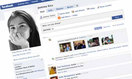 "flirt fb messages You took a risk and decided to facebook message that friend of a friend you secretly dig but don't really know only time will tell if that was the best idea, but the fact remains: that sad looking ""hey, what's up"" message is currently sitting in his or her inbox and now you're freaking out over what to do next."
