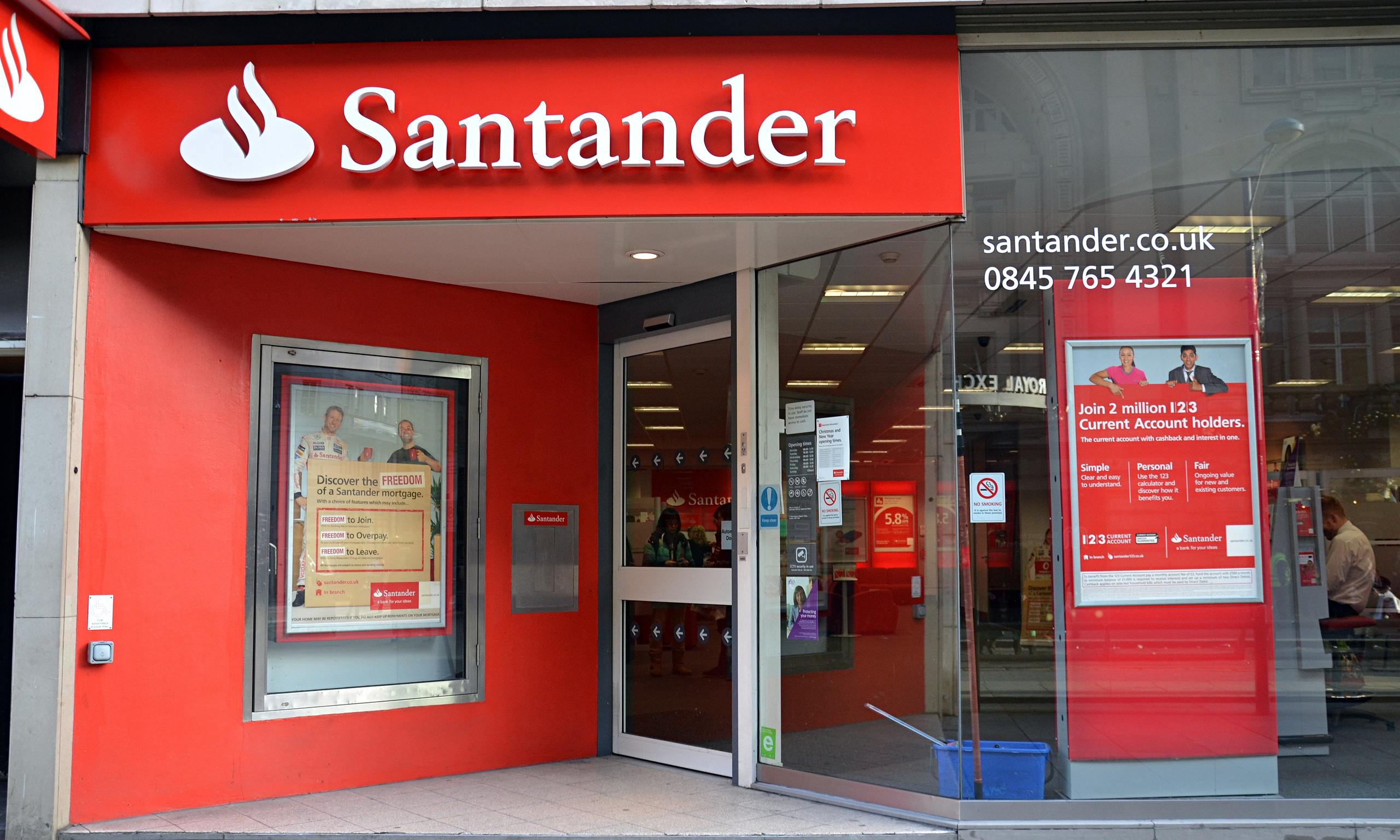 Santander fined £12.5m over poor investment advice | Money | The Guardian