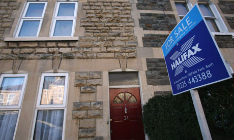 House prices continue gradual downward trend, says Halifax