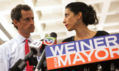 New York mayoral candidate Anthony Weiner and his wife