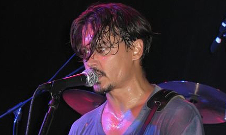 Johnny Depp sweats it out at a charity gig ... for a full 90mins.