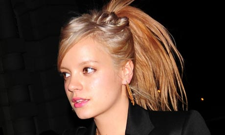 lily allen album cover alright still. Lilly Allen with blonde hair