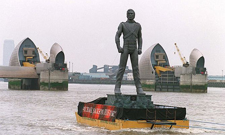 Michael Jackson's statue on the Thames