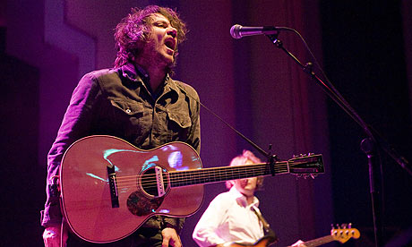 Jeff Tweedy and John Stirratt of Wilco