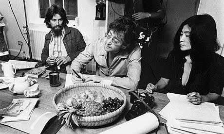 George Harrison, John Lennon and Yoko Ono