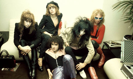 http://static.guim.co.uk/sys-images/Music/Pix/pictures/2011/6/9/1307611426414/The-New-York-Dolls-007.jpg