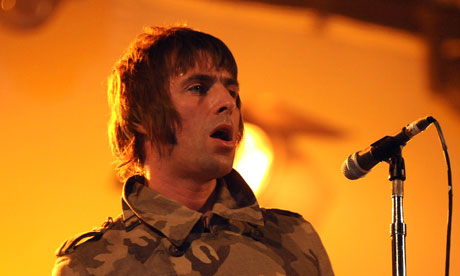 Liam Gallagher with Beady Eye at Reading festival 2011