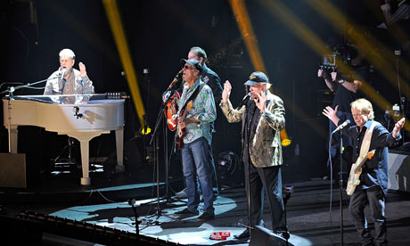 Brian Wilson, David Marks, Mike Love and Al Jardine of the Beach Boys perform