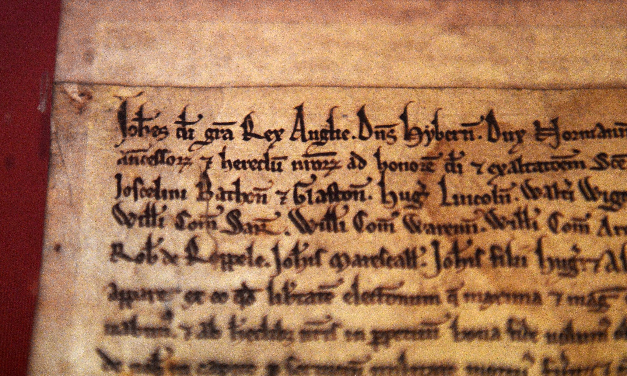 the 1215 magna carta essay The magna carta came into existence in 1215 for the purpose of limiting the authority of the king and his officials it was the first step in creating a constitutional government in england clause fourteen accounts for taxation without representation.
