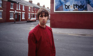 Liam Gallagher photographed in Manchester in 1994 by Kevin Cummins