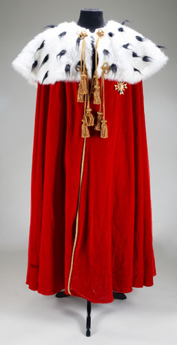 Michael Jackson's auction: Michael Jackson's velvet cape
