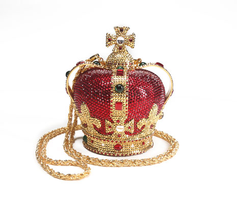 Michael Jackson's auction: Michael Jackson's crown form minaudiere