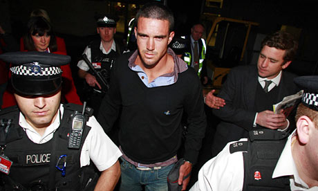 Kevin Pietersen arrives at Heathrow following his resignation