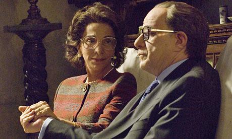 Anna Bonaiuto con Toni Servillo, ne
