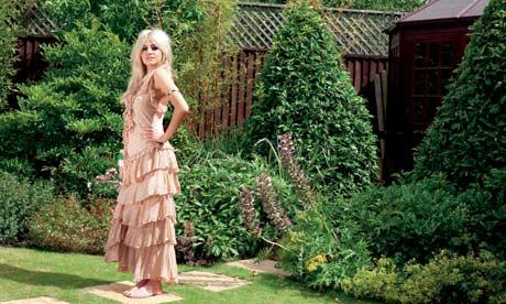 Pixie Lott in her Auntie Dawn's garden