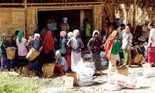 food burmese refugee camp