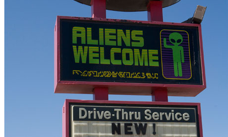 aliens-welcome-new-mexico