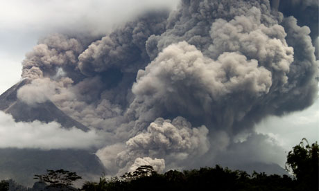 merapi (indonesia- java) eruption et volcanoes