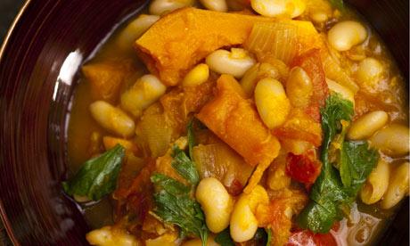 Pumpkin, tomato and cannellini soup