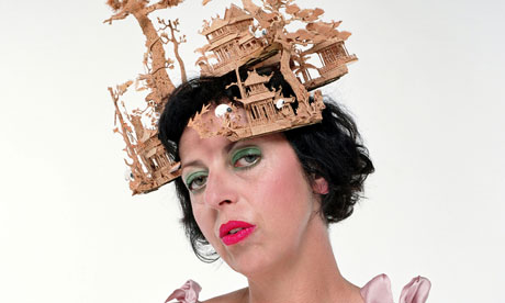 isabella-blow-hat-treacy