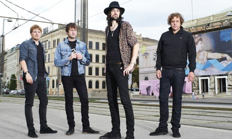 Kasabian, feature