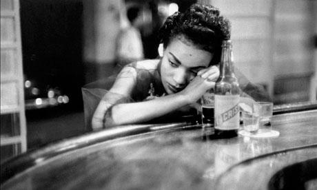 eve arnold bar girl