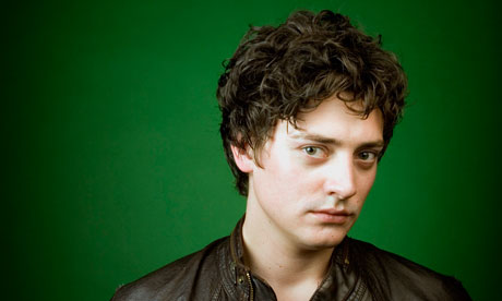 ♬ Blue Monday - OPEN Aneurin-Barnard-008