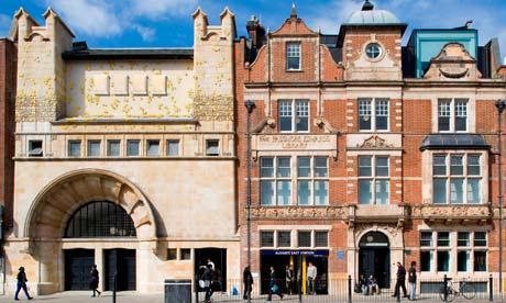 Rachel Whiteread frieze at Whitechapel gallery