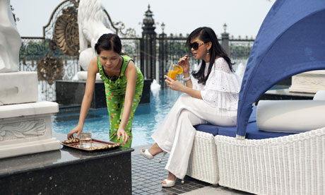 Vietnam's wealthiest women: Thuy Tien by her pool