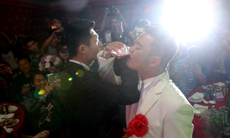 CHINA-LIFESTYLE-GAY-RIGHTS-MARRIAGE