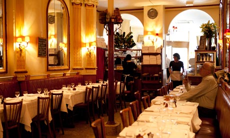 Tables at Chez Georges, 1 rue du Mail, in Paris