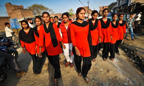 Young women from the Red Brigade
