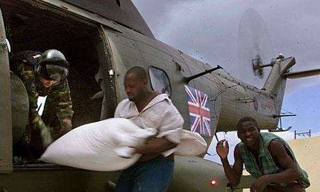 British military helicopter delivers food aid to Mozambique